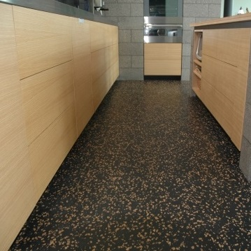 Easy to Maintain Rubber Floor for Kitchen