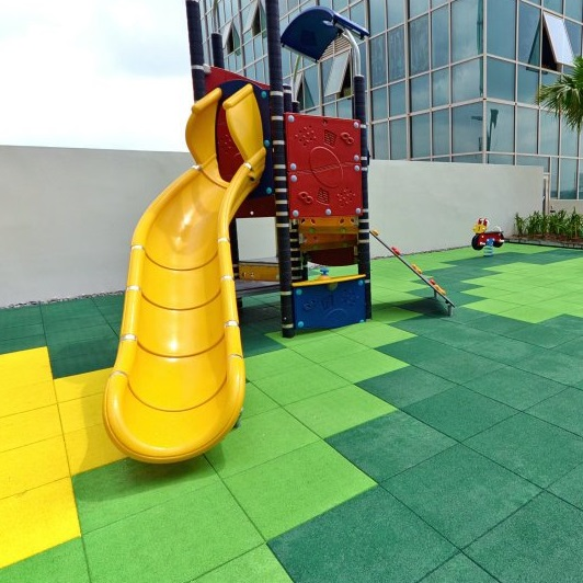 Four Sustainable Surfaces for Playground